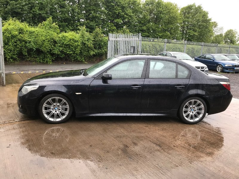 View BMW 5 SERIES -